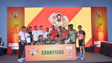 Surat teams lift Little, Yuva Giants kabaddi trophies Gujarat Forutnegiants